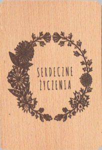 Drewniane kartki pocztowe