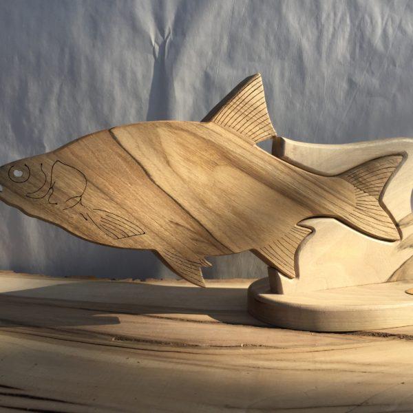 Drewniane trofeum wędkarskie – Wzdręga