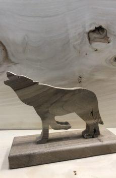 Drewniane zwierzę leśne - Wilk