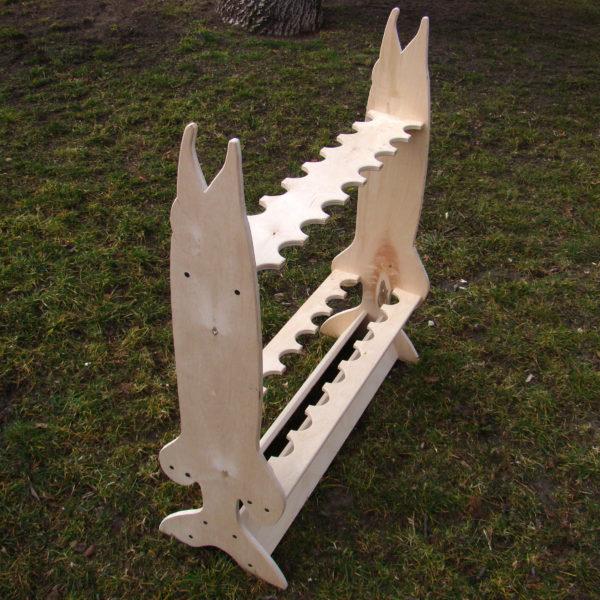 Drewniany stojak na wędki (20 szt.) – ryba