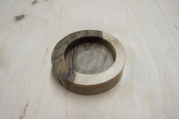 Świecznik drewniany (orzech) na 1 podgrzewacz (tealight) okrągły